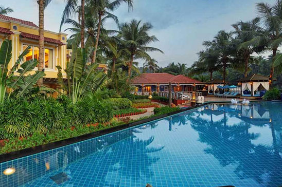 Best Weekend Deals - Mayfair Resort & Spa Rooms